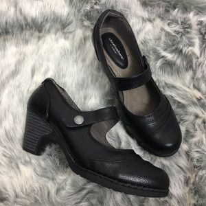 Cloudwalkers Mary Jane Block Heel Black Shoes